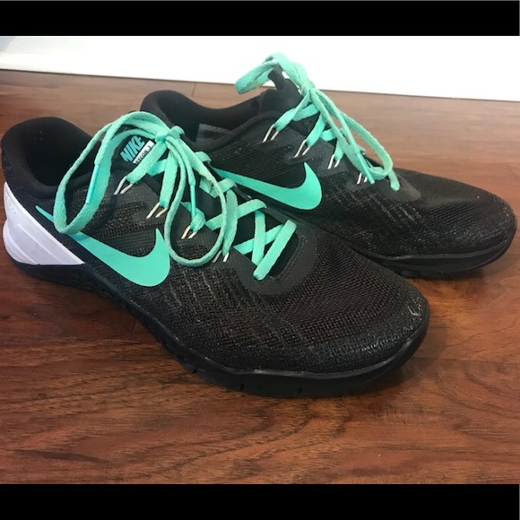 Avenida Decimal postura  Shoes | Customized Nike Id Metcon 3 | Poshmark